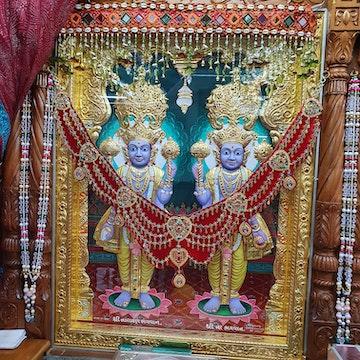 Bolton Temple Murti Darshan
