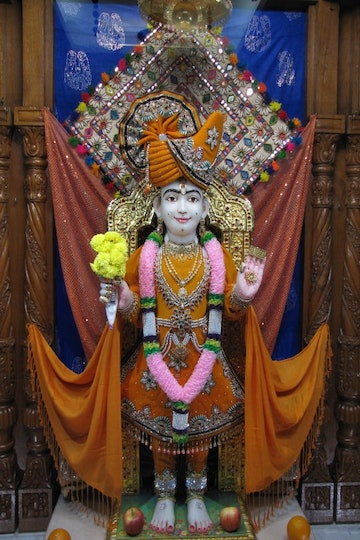 East London Temple Murti Darshan