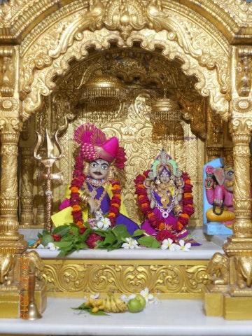 Junagadh Temple Murti Darshan