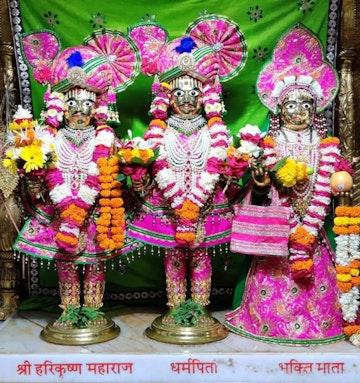 Surat Rustambag Temple Murti Darshan