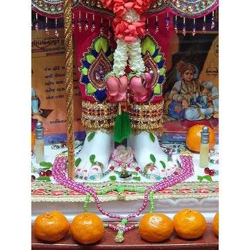 Sydney Temple Murti Darshan